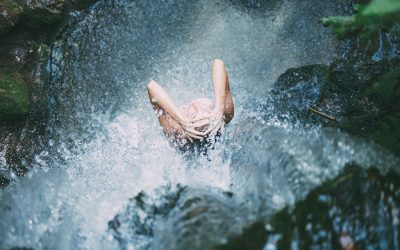 Five emotional benefits of a (freezing!) cold dip